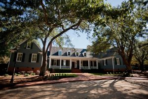 {{ __('Thumbnail photo of', 'sage') }} Bluff Plantation